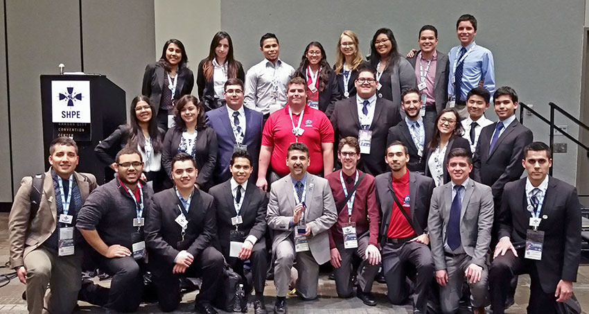 Eliseo De León named Society of Hispanic Professional Engineering Advisor of the Year
